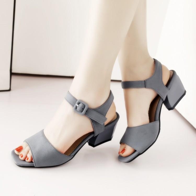 Preorder รองเท้าแฟชั่น 31-47 รหัส 9DA-8730