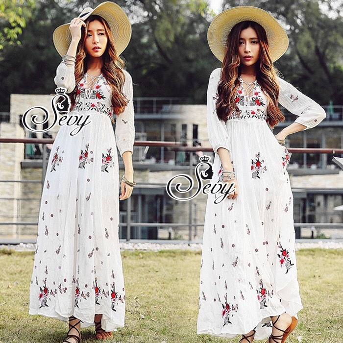 Embroidered Bohemian V-Neck Long Sleeve Masi Dress