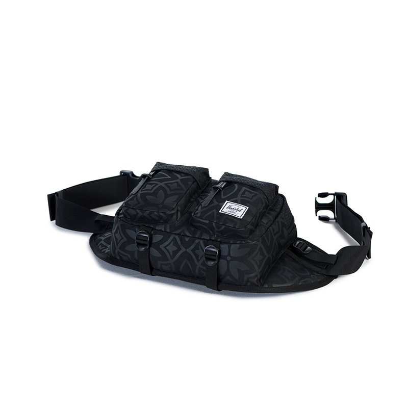 Herschel Eighteen Hip Pack - Black Khatam