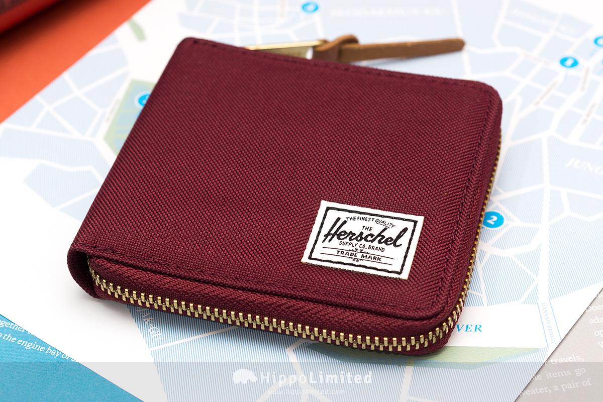 กระเป๋าสตางค์แบบซิปรอบ Herschel Walt Wallet - Windsor Wine สีแดงเลือดหมู