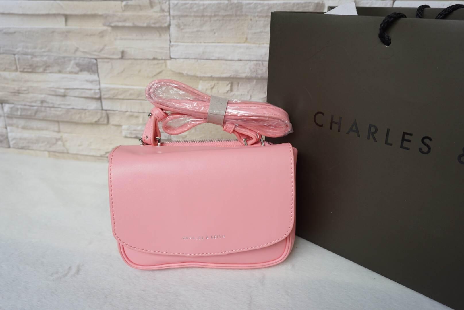 CHARLES & KEITH BASIC SLING BAG *ชมพู