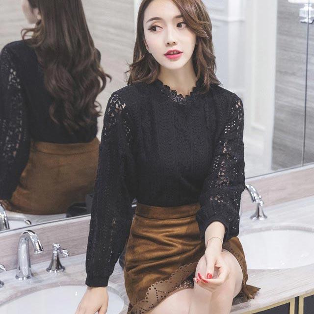 เสื้อลูกไม้สวยๆ แฟชั่นเกาหลี สีดำ แขนยาว เสื้อลายลูกไม้ลายสมัยใหม่ เก๋ๆ