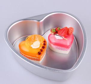 แม่พิมพ์เค้ก 6 นิ้ว ถอดก้นได้ รูปหัวใจ BAKE056