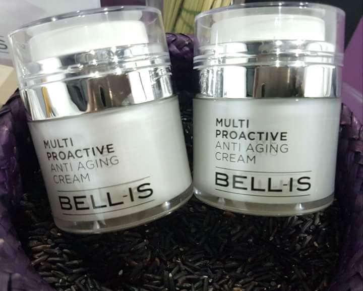 Bellis เบลลิส มาส์กโกงอายุ ลดริ้วรอยภายใน 10 นาที BELLIS เบลลิส นวัตกรรมเทคโนโลยีขั้นสูง ผสมผสานคุณค่าสารสกัดจากธรรชาตินานาชนิด อย่างลงตัว ช่วยฟื้นฟู กระตุ้นการสร้างเซลล์ใหม่ถึงระดับ DNA เพื่อผิวกระจ่างใสดูย้อนวัยเป็น 10 ปี BELLIS เบลลิส ครีมมาส์กที่ช่วยลดริ้วรอย ผิวยกกระชับ พร้อมทั้งช่วยผลัดเซลล์ผิวเก่าและช่วยกระตุ้นการสร้าง