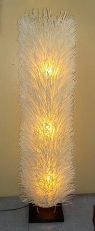 โคมไฟหวายแบบตั้งพื้น Rattan floor lamp