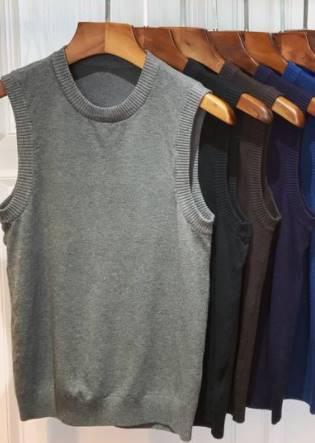 เสื้อกั๊กไหมพรมผู้ชาย สไตล์อังกฤษ สีล้วน คอกลม กว้าง Size No.34 36-38-40 หลากสี เทาอ่อน เทาเข้ม ดำ ขาว น้ำเงิน เขียวเข้ม น้ำตาล
