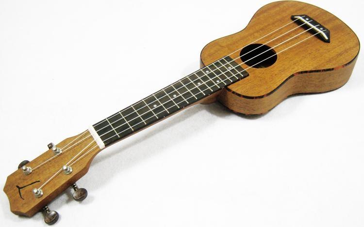 """อูคูเลเล่ Ukulele TOM รุ่น tus-200TN (England) Soprano 21"""" ไม้ Mahogany สาย Aquila แถมกระเป๋า"""