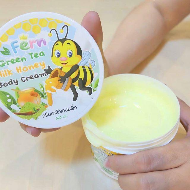 ครีมชาเขียวนมผึ้ง ขนาด 500 กรัม ราคาพิเศษ 125 บาท
