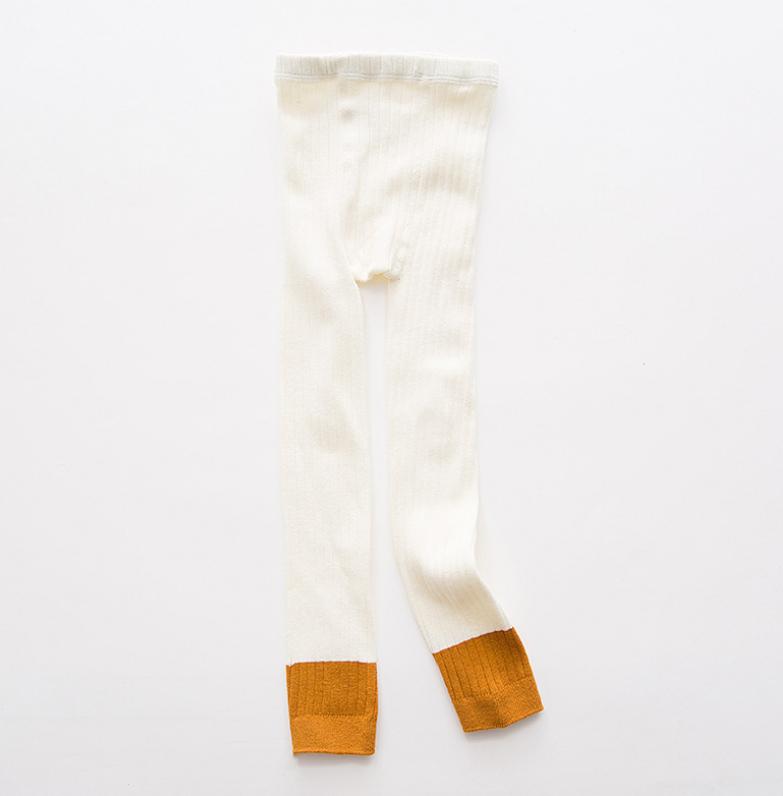 ถุงเท้าน้อง สีขาว แพ็ค 6 คู่ ไซส์ ประมาณ 105 ซม