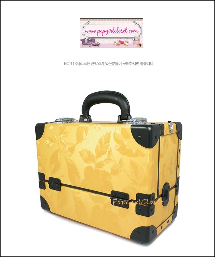 กระเป๋าเครื่องสำอางดีไซน์เมคอัพอาร์ทติสท์ สไตล์เกาหลี สี Yellow Gold Size M (W30xD15xH22cm.) Made in Korea (Pre-order)