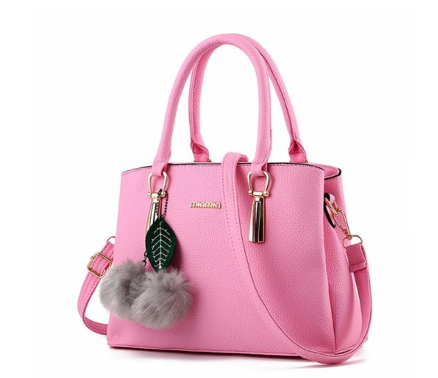 กระเป๋าสะพายข้างผู้หญิงฺ Berlyn สีชมพูอ่อน