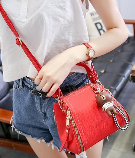 กระเป๋าผู้หญิง dolly bear red