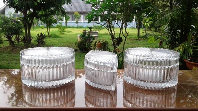 กระปุกแก้วมีฝาเนื้อหนา