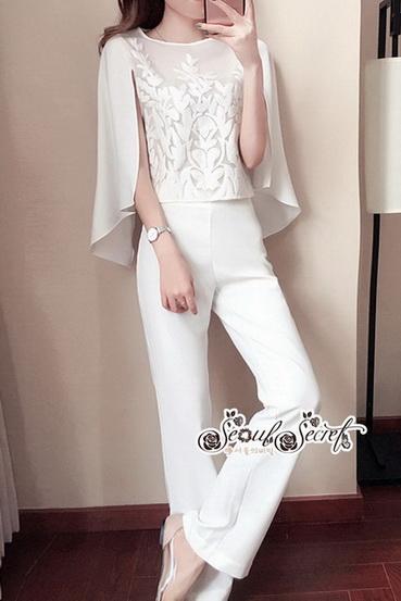 เซ็ทสีขาวคลาสสิคเนื้อผ้าเครปสีขาว หมวดหมู่ เสื้อผ้าแฟชั่นเกาหลี Seoul Secret