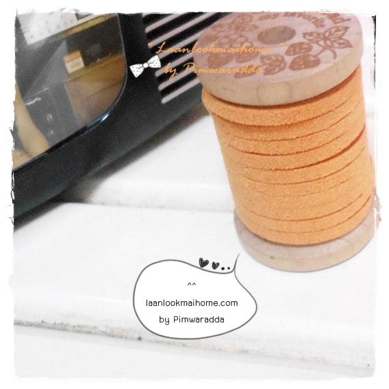 LCB2: เชือกหนังแบน กว้าง 3 mm หนา 2 mm ราคาต่อ 1 หลา - โทนสีส้ม