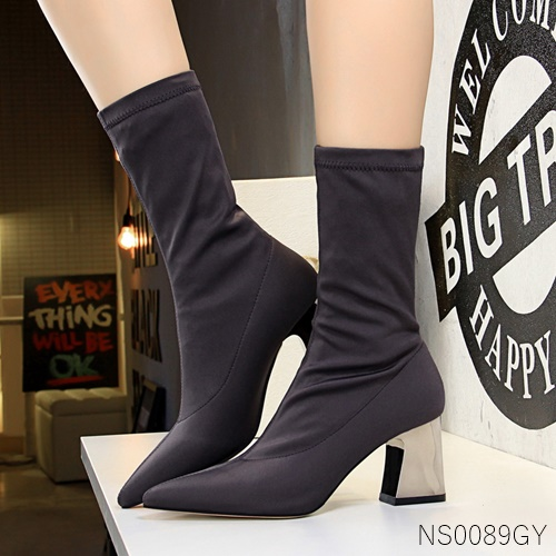 Pre รองเท้าคัทชู ส้นสูง แฟชั่น ราคาถูก มีไซด์ 34-39