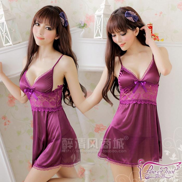 Sexy Dress ชุดนอนเซ็กซี่สายเดี่ยวผ้ามันลื่นสีม่วงแต่งลูกไม้ใต้อก