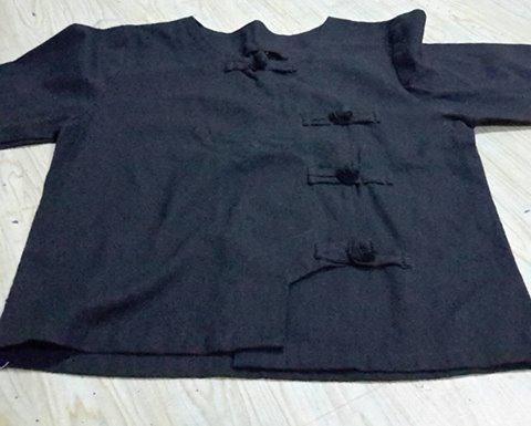 เสื้อหญิงสีดำ ผ้าถุงฝ้ายดำ เสื้อผู้หญิงดำ เสื้อผ้าฝ้ายดำ เสื้อผ้าขาวม้าฝ้ายดำ เสื้้อดำ เสื้อขาว เสื้อไว้ทุกข์ ชุดดำ เสื้อผ้าดำ กระโปรงดำ กระโปรงดำขาว เสื้อผ้าดำขาว เสื้อหญิงดำขาว เสื้อชายดำขาว