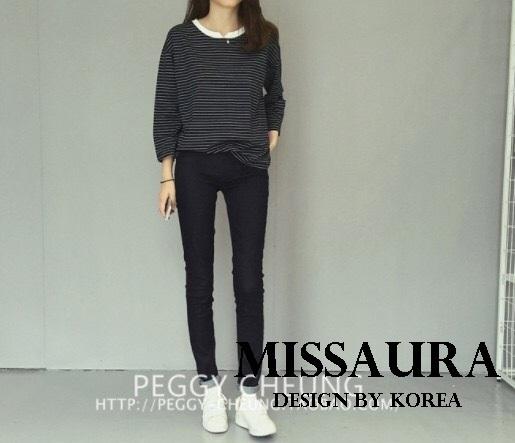 เสื้อผ้าเกาหลี พร้อมส่ง เสื้อลายริ้วกับกางเกงสกินนี่