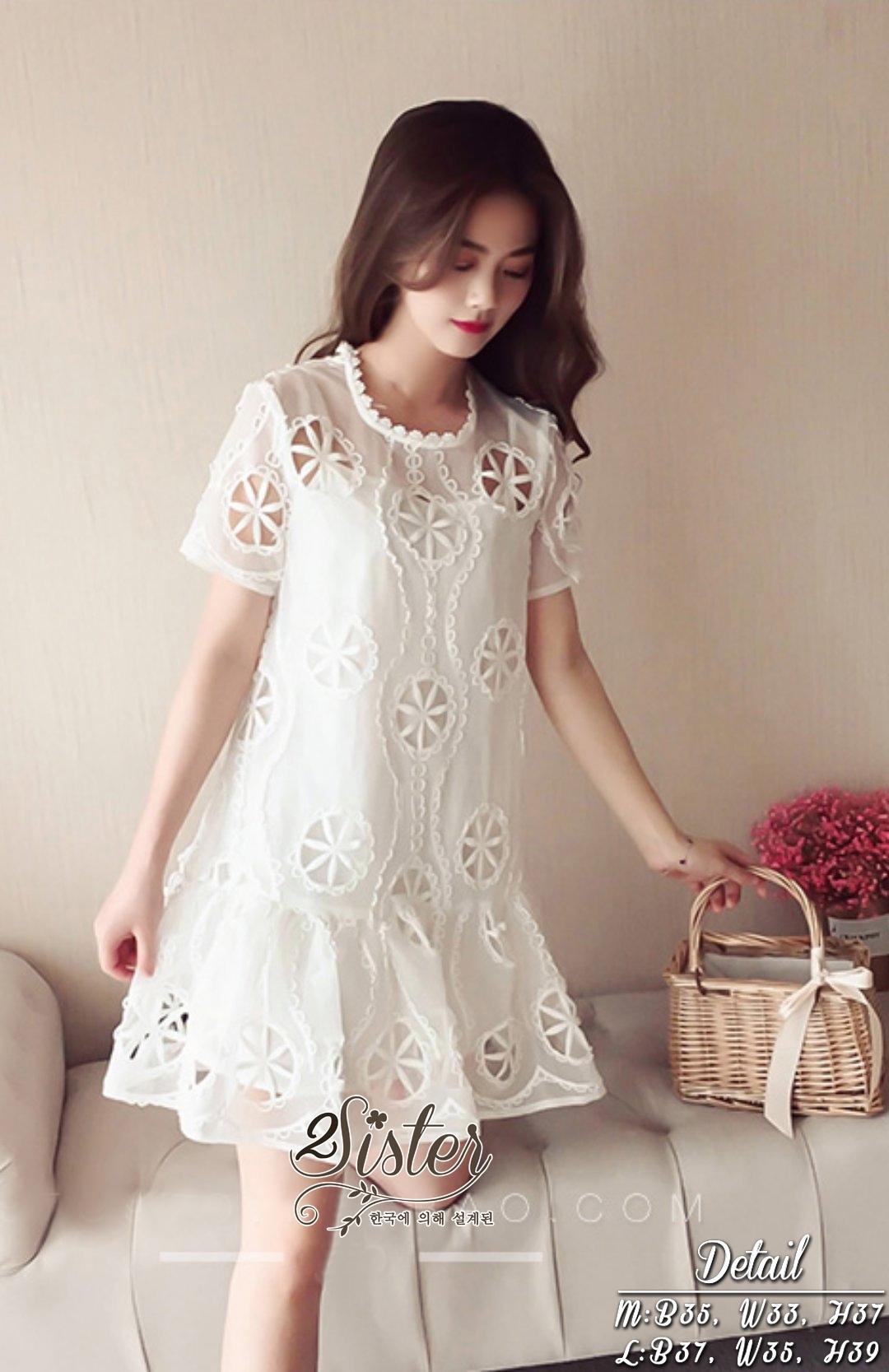 เดรสเกาหลี พร้อมส่ง มินิเดรส สีขาวลุคสวยน่ารัก
