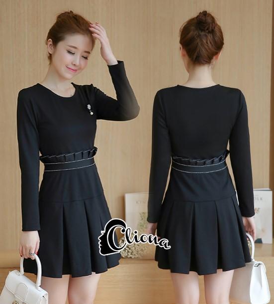 พร้อมส่ง Mini dress เรียบร้อยสีดำ