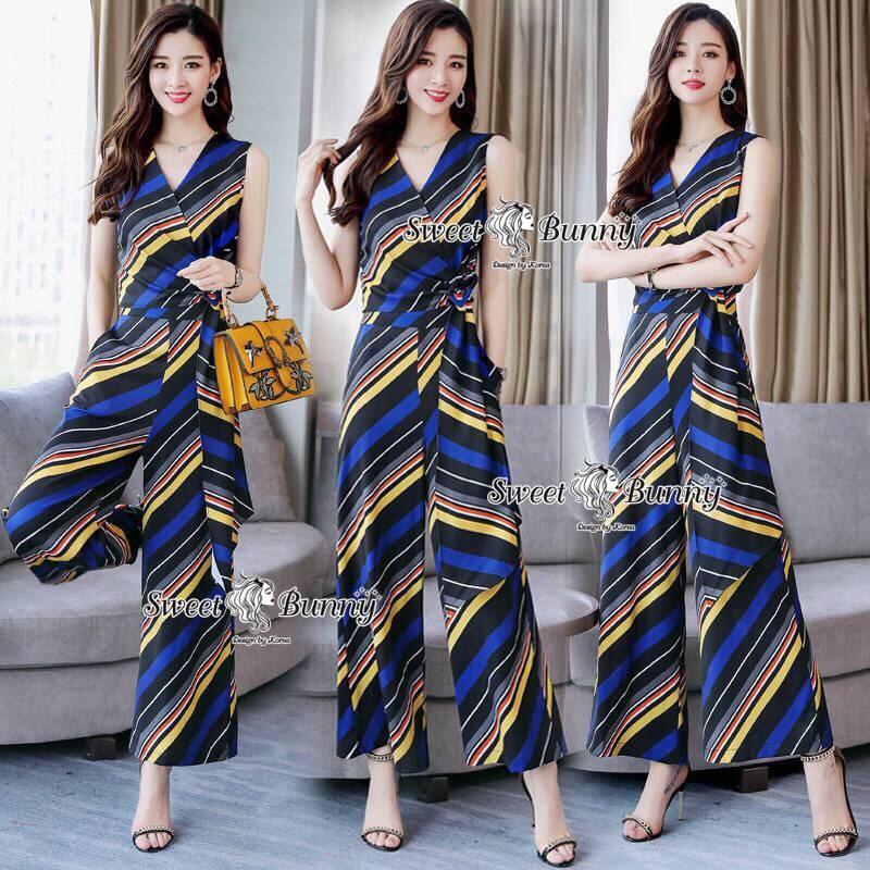 เสื้อผ้าเกาหลี พร้อมส่ง เสื้อ กับ กางเกงลายริ้วขวางสีน้ำเงิน