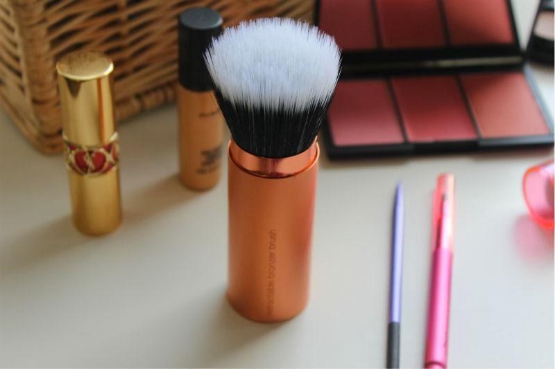 **พร้อมส่ง + ลด 30 %** real techniques retractable bronzer brush