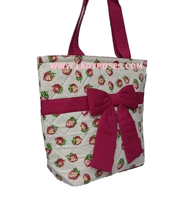 กระเป๋าสะพาย นารายา ผ้าคอตตอน ลายสตอเบอรี่ ผูกโบว์ (กระเป๋านารายา กระเป๋าผ้า NaRaYa กระเป๋าแฟชั่น)