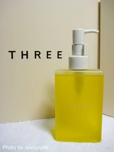 THREE BALANCING CLEANSING OIL 200ml.