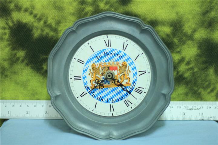 T0665 นาฬิกาแขวนเยอรมันโบราณ ส่ง EMS ฟรี