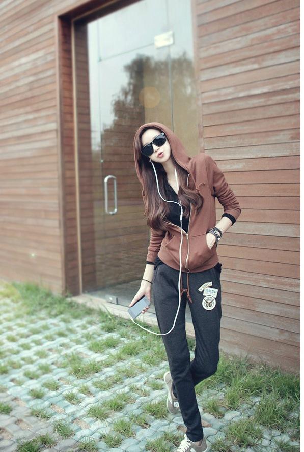 ชุดวอร์มกีฬาเกาหลี เซตเสื้อแจ๊กเก็ตสี coffee รูดซิปได้มีฮู้ด+กางเกงขายาวมีเชือกรูดที่เอว