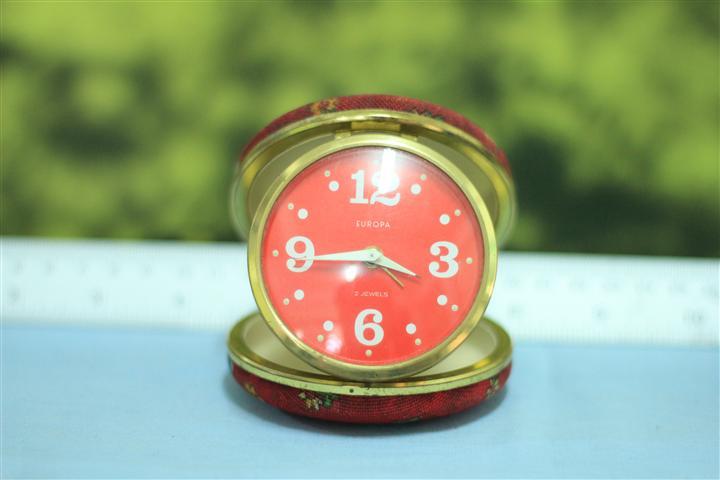 T0664 นาฬิกาปลุกเยอรมันโบราณ EUROPA ส่ง EMS ฟรี