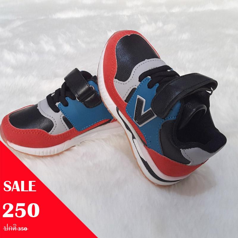 รองเท้ากีฬา V Sneaker วัสดุหนังพียูและหนังกลับ สีแดง