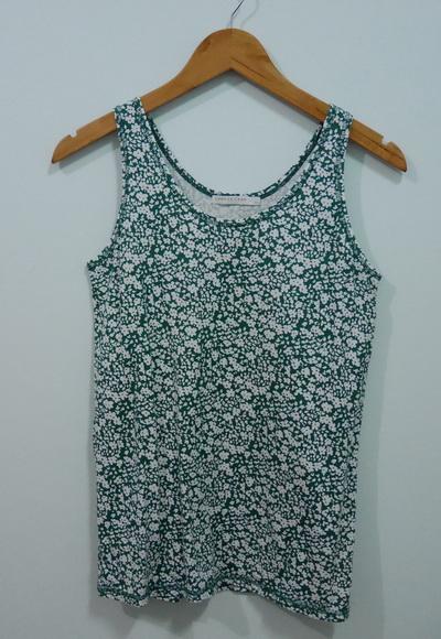 jp4078 เสื้อกล้ามผ้ายืดลายดอกไม้ โทนสีเขียว ขาว รอบอก 30-33 นิ้ว