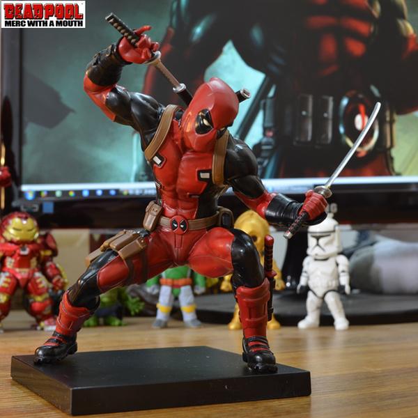 โมเดล Deadpool (Viagra MARVEL)