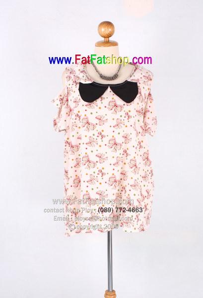 fa002-50-เสื้อคนอ้วน ผ้าหางกระรอก สีชมพูพิมพ์ลายโบว์ ดีไซน์เว้าช่วงไหล่ ช่วงคอบัวแต่ง2ชั้น