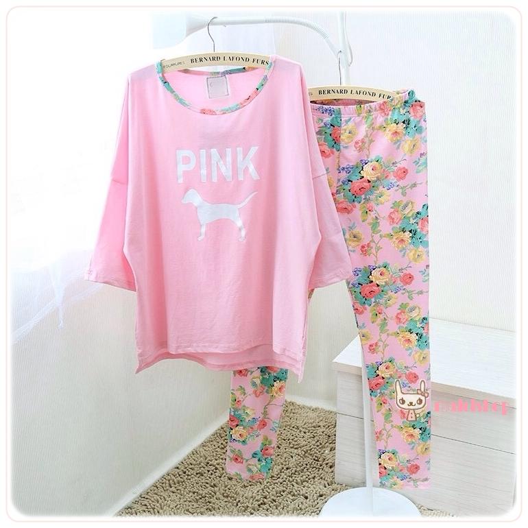ชุดนอน PINK เซทเสื้อแขนยาว กางเกงยาว ลายดอกไม้ สีชมพู